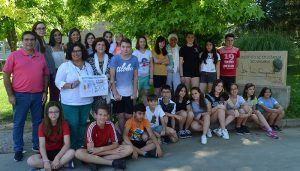Premio al alumnado del IES José Luis Sampedro por su participación en una campaña contra el consumo de tabaco
