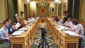El Pleno del Ayuntamiento de Cuenca aprueba el cambio de crédito para solicitar una subvención ITI para la renovación del alumbrado público