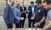 El presidente de CEOE-Cepyme Cuenca destaca la fortaleza del sector agroalimentario en su visita al Grupo Lomar