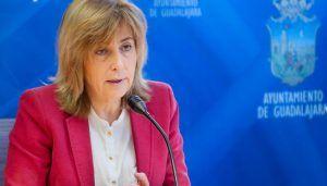 Heredia asegura que la cuantía para las ayudas de material escolar han aumentado en 30.000 euros