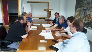 La Gerencia Municipal de Urbanismo expone a los vecinos del Cerro de la Horca el calendario de actuaciones para la finalización de la urbanización del sector