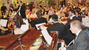 La Junta reivindica la figura de Francisca de Pedraza durante el concierto en el que se ha interpretado la Suite que lleva su nombre