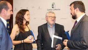 La Junta simboliza en Ana Lozano la felicitación a todos los deportistas de la región que han obtenido éxitos en los últimos días