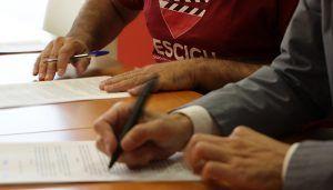 La MAS firma un acuerdo de colaboración con el FESCIGU para trasladar mensajes sobre el uso responsable del agua