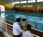 Más de 500 inscritos en los cursos de natación de verano de la piscina cubierta municipal Luis Ocaña
