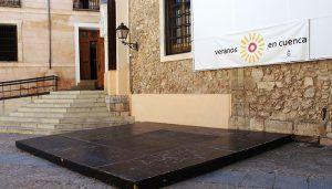 Cuenca Ciudad de Música pone en escena  la ópera 'La Cenerentola'  esta noche en la Plaza de la Merced
