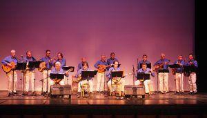 El Grupo Torcas trae esta noche a la Plaza de la Merced ecos primaverales con sus canciones de ronda y mayos