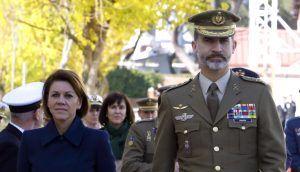 El Rey Felipe VI concede a Cospedal la Gran Cruz de Carlos III