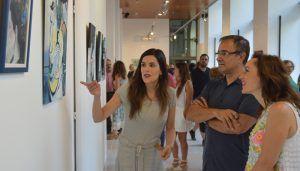La Junta apuesta por la creación de una red de espacios expositivos para que los artistas más jóvenes presenten sus obras