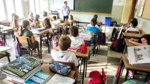 Alonso denuncia que Page vuelve a engañar a los docentes obligándoles a coger tercios de jornada
