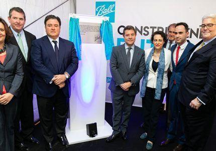 Ball inaugura en Cabanillas una planta de producción de última generación