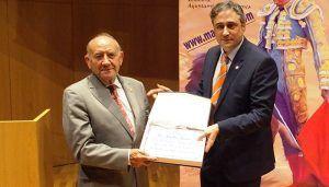 El Ayuntamiento de Cuenca distinguirá a Amador Jiménez por su dedicación como médico-cirujano de San Mateo