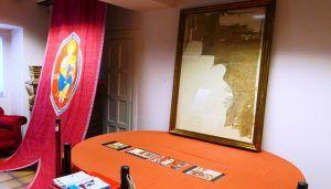 El Ayuntamiento vuelve a exponer al público el Pendón Original con el que Alfonso VIII conquistó Cuenca en 1177