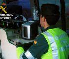 Investigado un camionero que sextuplicó la tasa de alcohol tras volcar en Guadalajara
