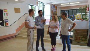 """La Junta va a invertir 48.000 euros en la ejecución de la tercera fase de las obras de renovación de la instalación eléctrica del colegio público """"Santa Ana"""""""