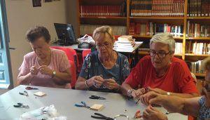 La Máquina Real y el centro de mayores San Pedro terminan su taller de elaboración de joyas