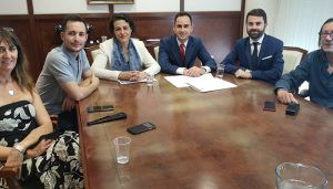 La ministra de Trabajo, Magdalena Valerio, visita el Ayuntamiento de Cabanillas