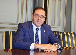 Prieto lleva más de dos meses a la espera de una reunión con el presidente de la Junta de Comunidades