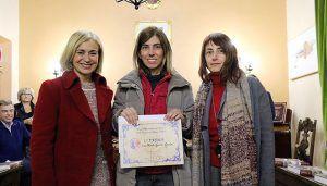 Ana María García recibe el primer premio