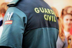 Cuatro encapuchados amordazan y maniatan a dos personas para robar en su casa de la urbanización Cañada Molina en Cuenca