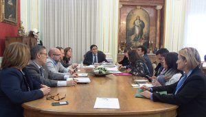 El Ayuntamiento de Cuenca adjudica el servicio de mantenimiento de parques a 'Cauler S.L.'