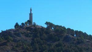 El Ayuntamiento de Cuenca instala nueva iluminación led en el monumento del Sagrado Corazón en el Cerro Socorro