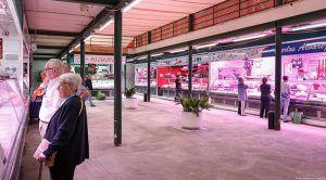 La remodelación del mercado de abastos de Guadalajara se simultanea con la actividad de sus comerciantes, cuyos puestos permanecen abiertos
