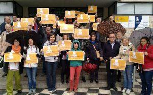 """Los trabajadores y trabajadoras de la biblioteca """"Fermín Caballero"""" de Cuenca se movilizan para exigir una mejora en sus condiciones laborales"""