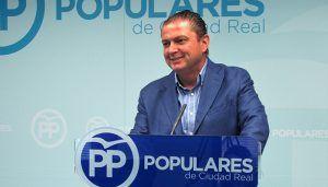Martín-Toledano, durísimo con el Gobierno de Sánchez al que califica de zombi que está muerto y sigue arrastrándose
