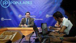 Núñez lo deja claro desde el principio mientras los socios de Page son Podemos, los socios del PP son los castellano-manchegos