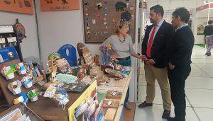 """Parra visita Farcama y anima a conocer el """"gran trabajo de nuestros artesanos"""""""