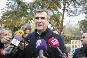 Antonio Román reitera la petición a RENFE de mejoras en el servicio ferroviario entre Guadalajara y Madrid
