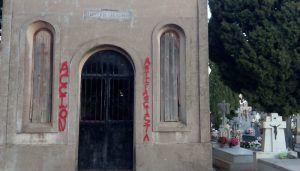 Aparece en un lamentable estado la Capilla de los Caídos del cementerio de Brihuega
