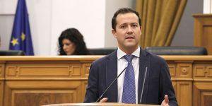 Carlos Velázquez denuncia el incremento presupuestario de Page por la puerta de atrás para derivaciones a la Sanidad privada