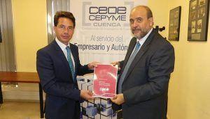 CEOE-Cepyme Cuenca entrega el documento de posición de la SSPA al Gobierno Regional
