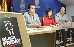 """Este """"Viernes Negro"""" cincuenta establecimientos de Guadalajara participan en la campaña de dinamización comercial impulsada por el Ayuntamiento"""