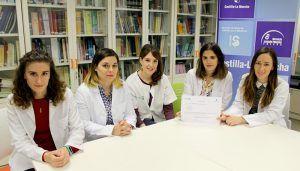 Isabel Miras Aguilar, residente de Pediatría del Hospital Universitario de Guadalajara, premiada en el I Concurso de Casos Clínicos para Residentes' de Castilla-La Mancha