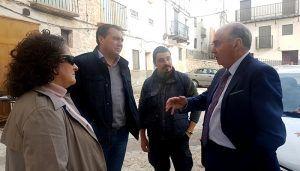 """Latre """"Es una satisfacción comprobar que gracias a la Diputación pueblos como Yélamos de Abajo pueden beneficiarse del Plan de Empleo"""""""