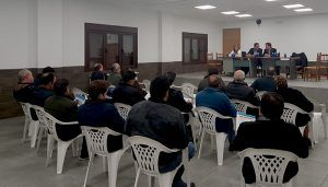 Lorenzo Robisco asiste a la reunión comarcal de Cañamares