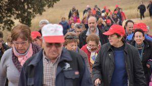 Más de 2.600 mayores han participado ya en el programa de Rutas Senderistas