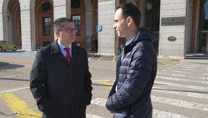 Salinas se reúne con el director general de Carreteras del Ministerio de Fomento para abordar la situación de la A2