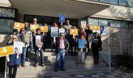 Segunda jornada de huelga en la biblioteca Fermín Caballero de Cuenca