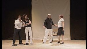 Tres Tristes Tigres en el Teatro Moderno el domingo, 11 de noviembre, por la mañana