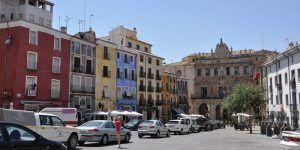 UPTA pide un autobús cada 20 minutos y tarjetas de aparcamiento para frenar las pérdidas del Casco Antiguo de Cuenca