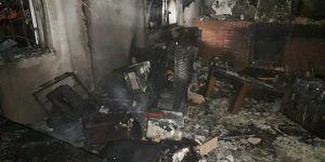 Dos heroínas de 13 años salvan la vida de una persona en un incendio en la urbanización Las Castillas