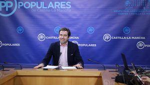 El PP-CLM condena que el PSOE de Page y Sánchez consientan que sus dirigentes compartan mesa con Otegui