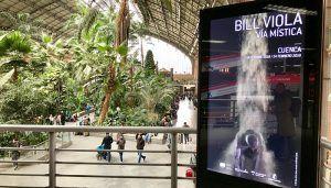 """La Junta promociona Cuenca y la exposición """"Vía Mística"""" en las principales estaciones de tren de Madrid y Valencia"""