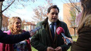 Núñez se compromete a rebajar la presión fiscal a las empresas y a simplificar la burocracia  para que Castilla-La Mancha pueda competir en igualdad de condiciones con otras regiones