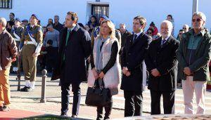 Paco Núñez participa en el homenaje a la Constitución y a la bandera en El Casar