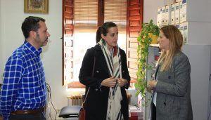 Carolina Agudo visita el Ayuntamiento de Horcajo de Santiago